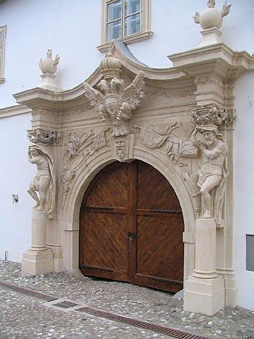 Poarta a-IV-a a cetatii Alba Iulia