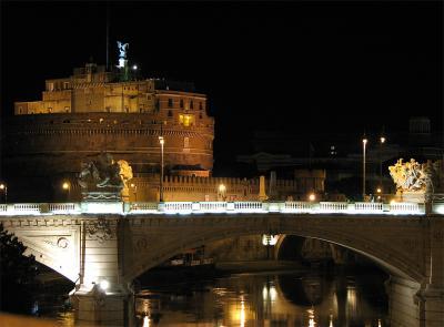 Castelul si podul Sant Angelo noaptea, Roma, Italia