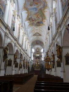 Peterskirche, Munchen, Germania
