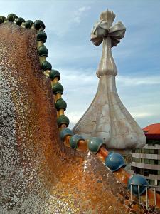 Casa Batllo, una din capodoperele lui Gaudi